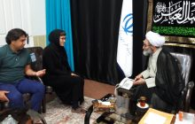 فیلم/ آموزش شهادتین به بانوی مسیحی توسط امام جمعه رشت