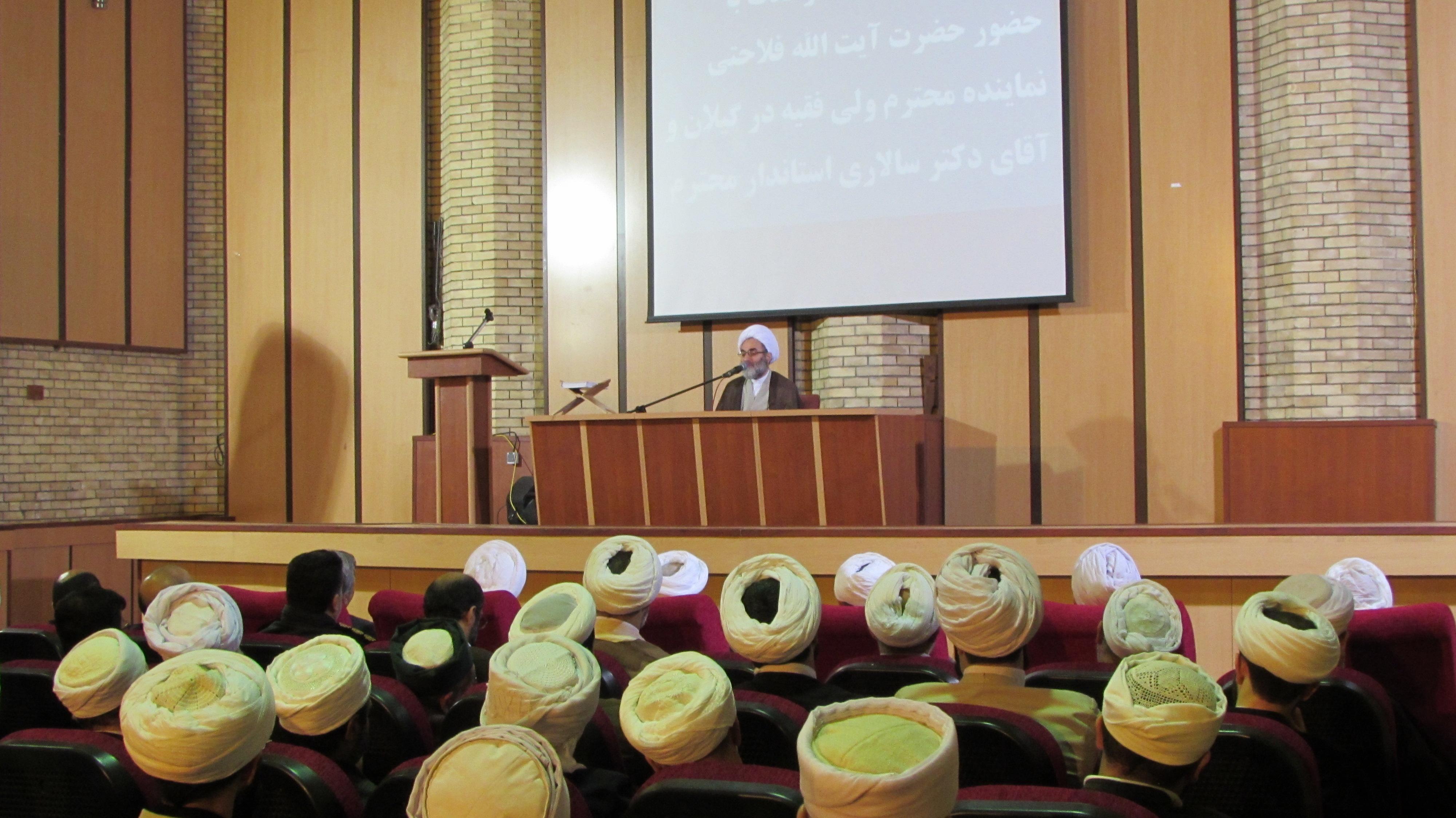 هفته وحدت مسلمانان را ملزم میکند به فکر دنیای اسلام باشند/ اگر  نعمت الهی میخواهیم باید دنبال وحدت باشیم