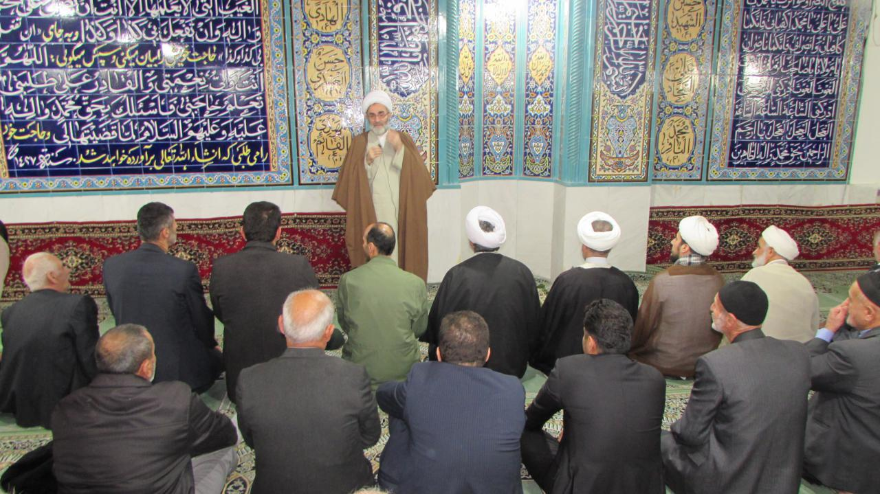 آبادی مساجد نشان دهنده ایمان مردم آن منطقه میباشد/ یکی از نشانه های عدالت افراد، رفت و آمد به مساجد است
