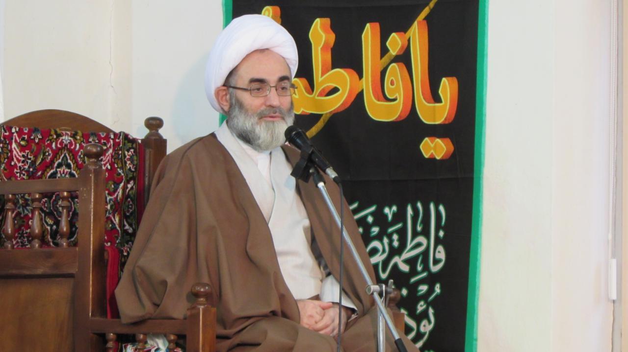 حرکت در مسیر انقلاب اسلامی، آرمان شهید ابراهیم جعفری بود/ معلمی که دلداده ارزش ها نباشد نمی تواند انسان تربیت کند