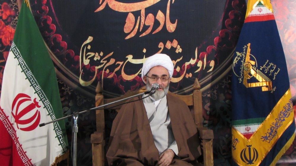 شهدا از آب مواج انقلاب اسلامی نوشیدند و به ملکوت اعلی پیوستند/ پیروزی در سایه ایمان به هدف محقق می شود