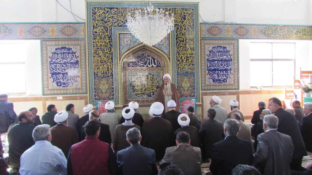 وجود مردم با بصیرت بهترین سرمایه است/ لزوم بنای یاد بود عالمان ربانی در املش/ مسجد آبروی مردم و محور فعالیت هاست