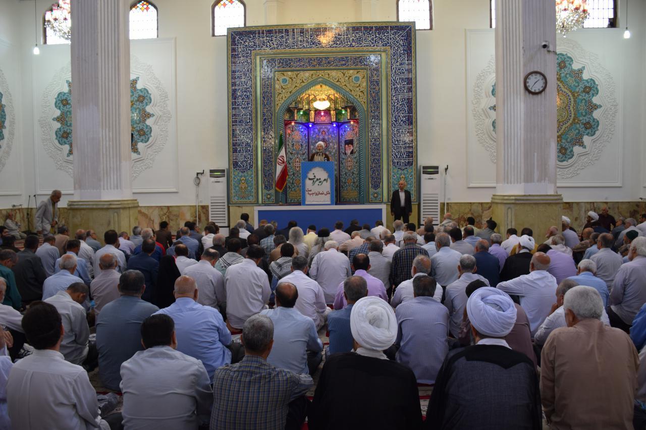 امیدواریم بتوانیم کلمه اسلامی را در دانشگاه آزاد احیا کنیم/ آمریکایی ها دشمن شماره یک ملت ایران قبل و بعد از انقلاب بوده اند/ جوانان ما با این حقوق های اندک نمی توانند خانه دار شوند