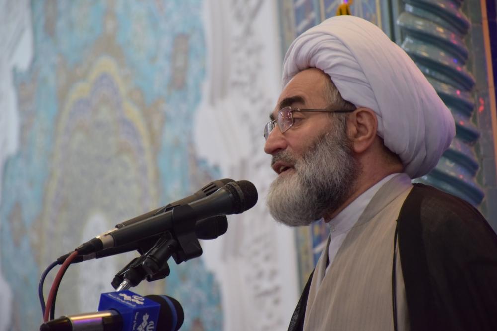 بی عرضگی شاه خائن موجب جدا شدن بحرین از ایران شد/ مردم از اول می دانستند برجام هیچ فایده ای ندارد اما بعضی مسئولان امروز به این نتیجه رسیدند/ شرمنده خانواده شهدا و بانوان با حجاب هستم