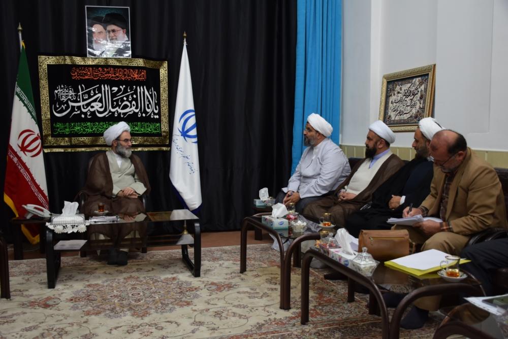 حوزه های شیعی نماد ارزش های دینی هستند/ اهتمام خیران بر اتمام ساخت حوزههای نیمه تمام/ وجود ۱۸۰۰ طلبه خواهر در گیلان