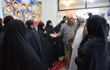 دیدار نماینده ولی فقیه در گیلان با خانوادههای شهدای 2 و 3 شهید شهرستان آستانهاشرفیه+ تصاویر