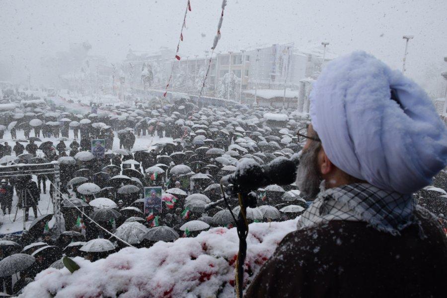 حضور با شکوه ملت ایران به ویژه مردم گیلان در راهپیمایی 22 بهمن «نه» به تمام قلدرهای جهانی است/ اسلام، مردم و رهبری پایههای ماندگاری انقلاب اسلامی