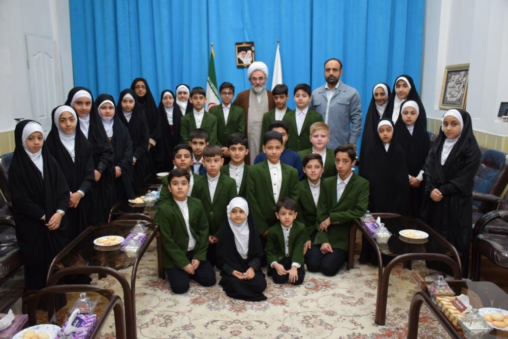 تعلیم قرآن بالاترین ارزش است/ مربیان قرآنی روش های زندگی را به کودکان بیاموزند/ دائم الوضو بودن برکت می آورد