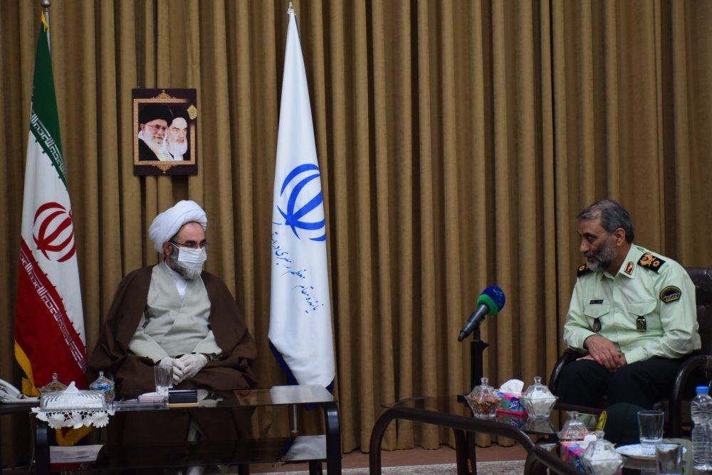 عمل به وظیفه در نظام دینی مهم است/ دشمن تمام امکانات خود را بسیج کرده تا مردم را نسبت به جامعه اسلامی بدبین کند/ نیروی انتظامی حافظ مرزهای عقیدتی جامعه است