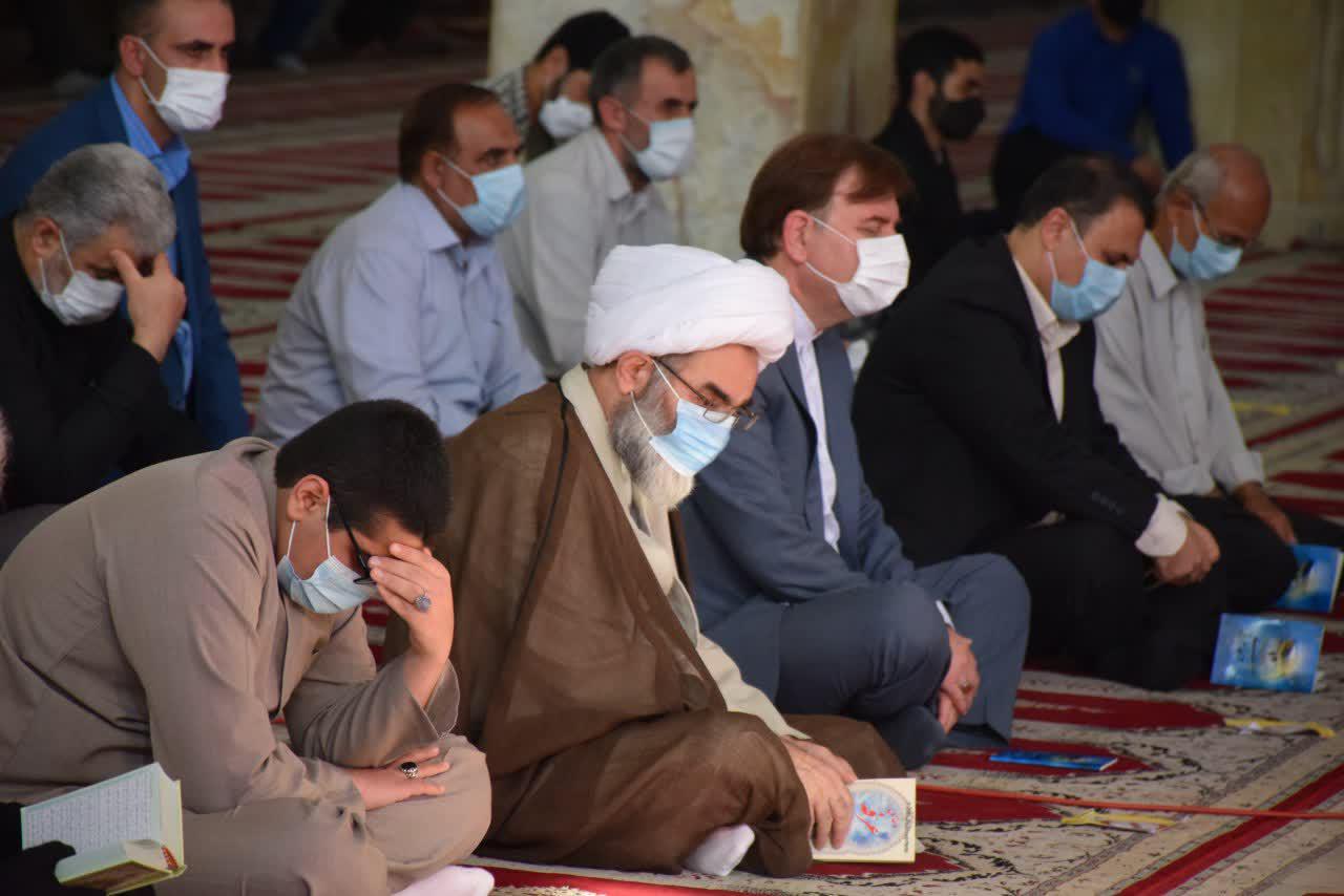 مراسم قرائت دعای عرفه با حضور نماینده ولی فقیه در گیلان برگزار شد + تصاویر