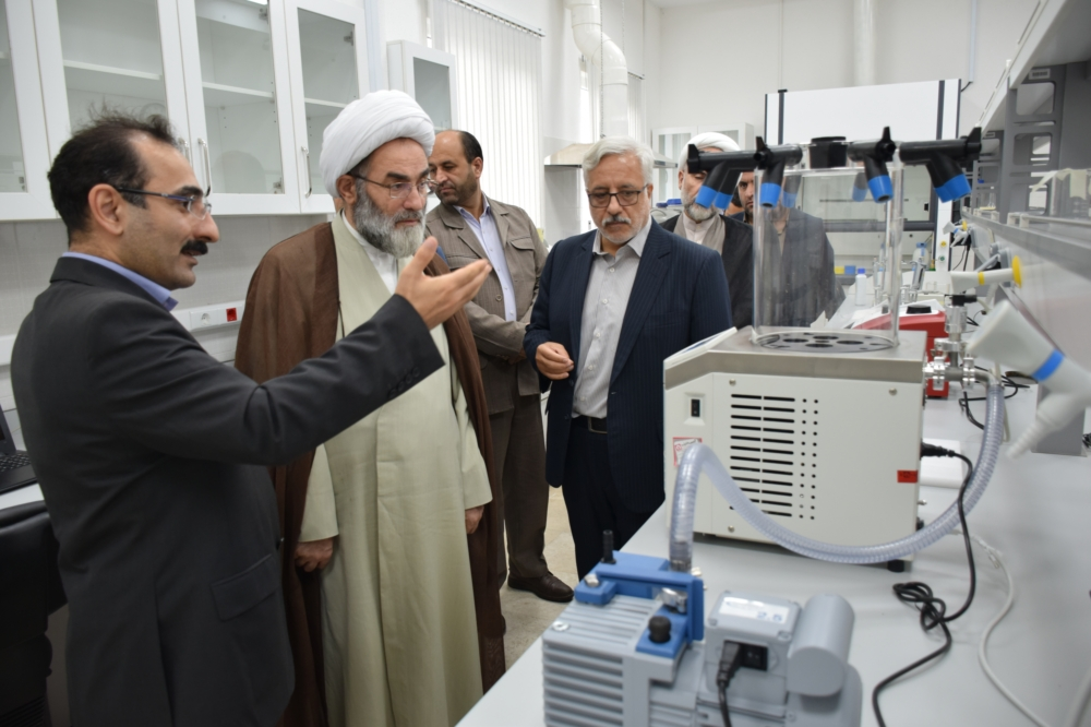 بازدید ۳ ساعته آیت الله فلاحتی از بخش های مختلف پژوهشی و آزمایشگاهی دانشگاه گیلان+ گزارش تصویری