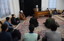 خدای متعال به انسان قدرتی عنایت کرده تا به هر کمالی برسد/ رابطه با قرآن و دعا انسان را واکسینه می کند/ خودسازی مقدم بر تمام امور در کمالات است