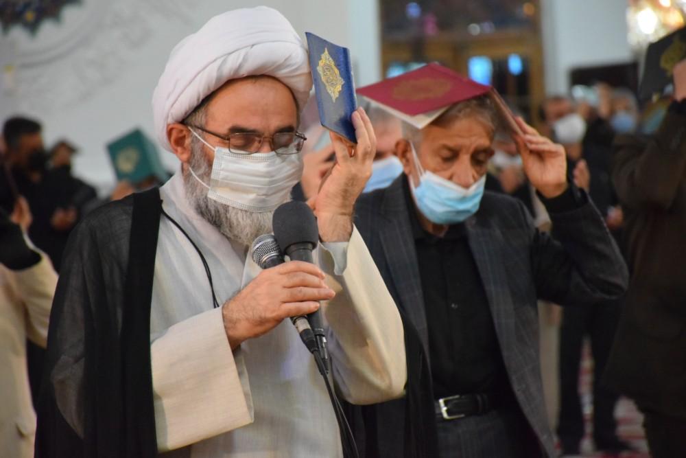 مراسم دومین شب از لیالی قدر با حضور نماینده ولی فقیه در گیلان برگزار شد+ تصاویر