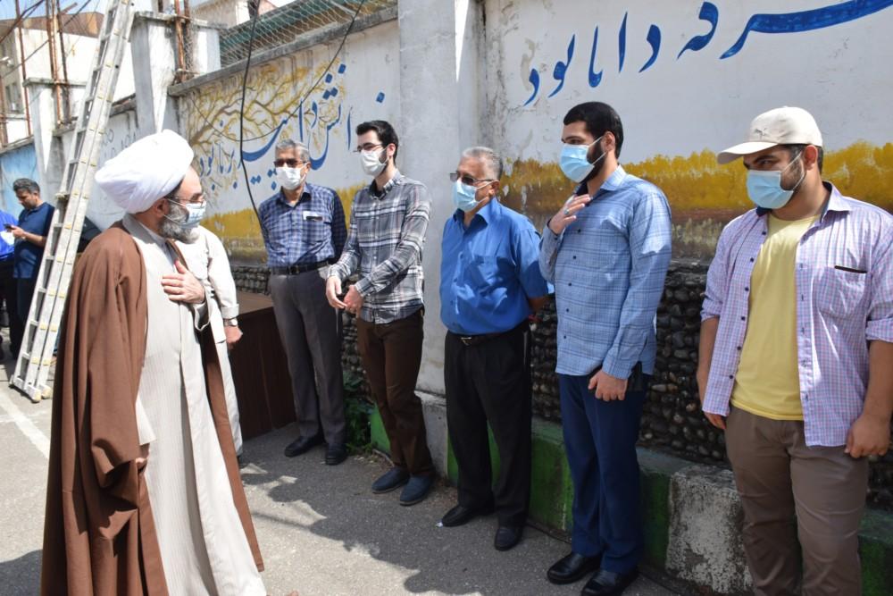 حضور نماینده ولی فقیه در گیلان در تعدادی از شعب اخذ رای شهر رشت + تصاویر
